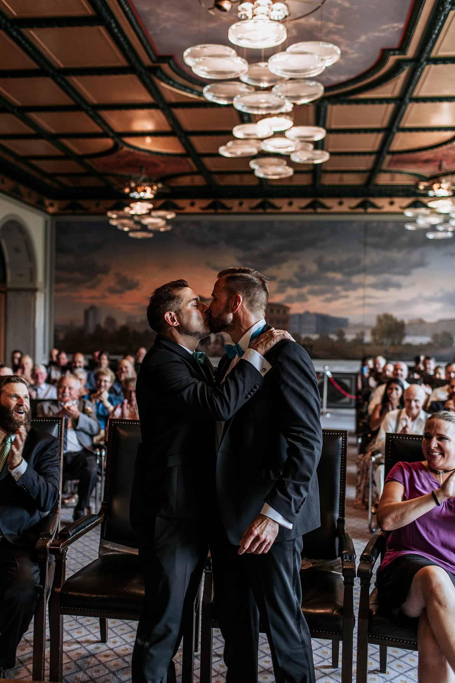 gay wedding berlin schwule hochzeit berlin (16).jpg