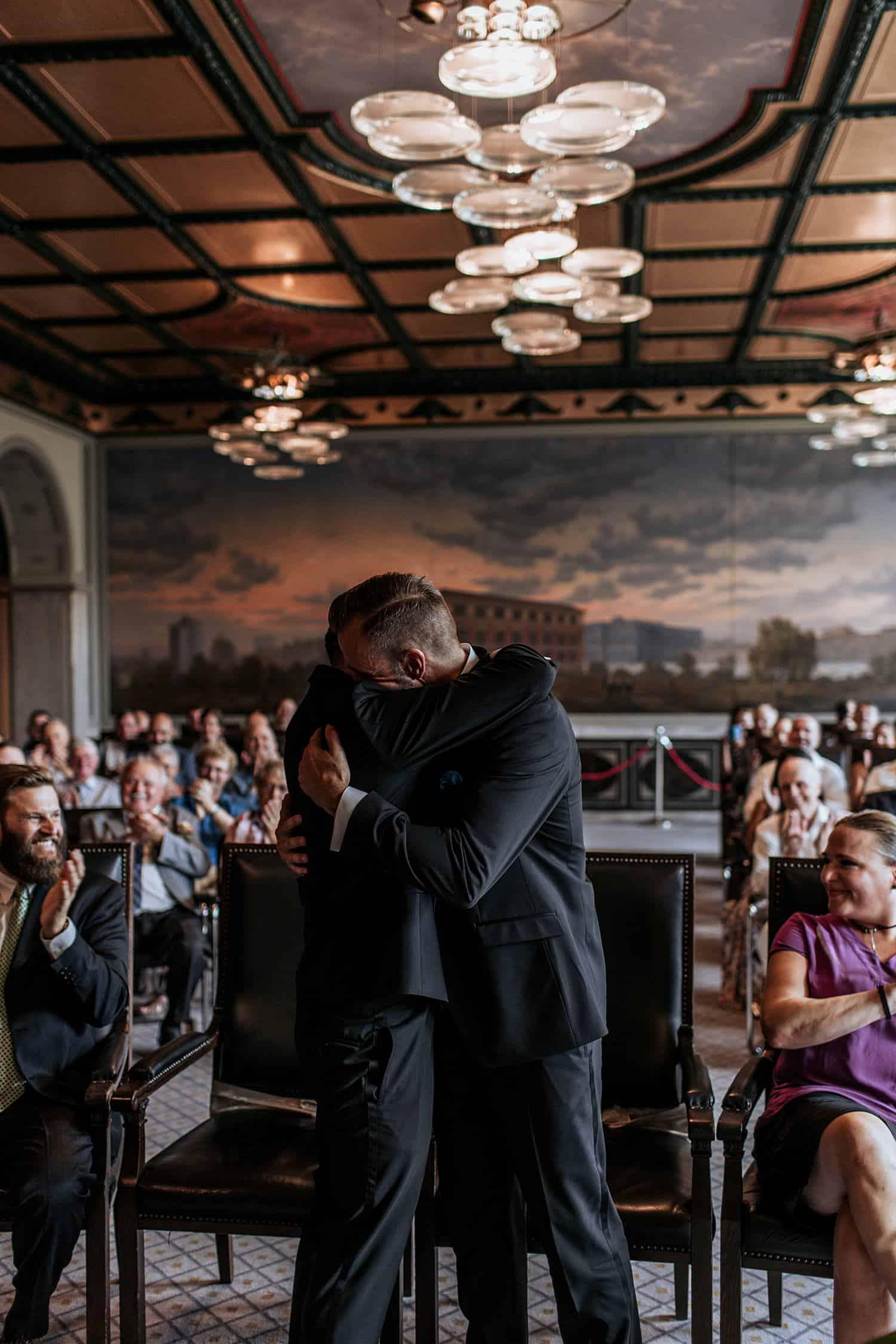 gay wedding berlin schwule hochzeit berlin (17).jpg