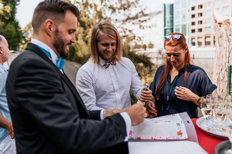 gay wedding berlin schwule hochzeit berlin (40).jpg